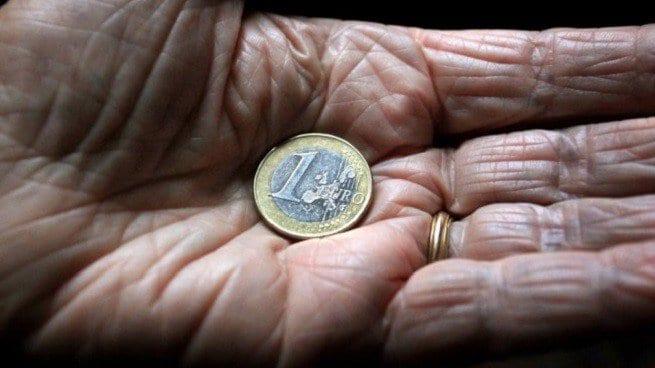 la povertà come causa del deterioramento cognitivo e invecchiamento